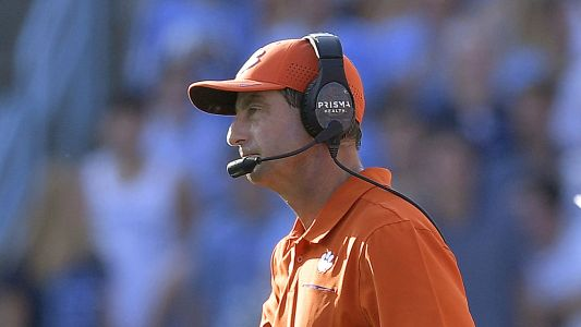 Clemson's Dabo Swinney reportedly traveled via private plane to vacation during COVID-19 pandemic