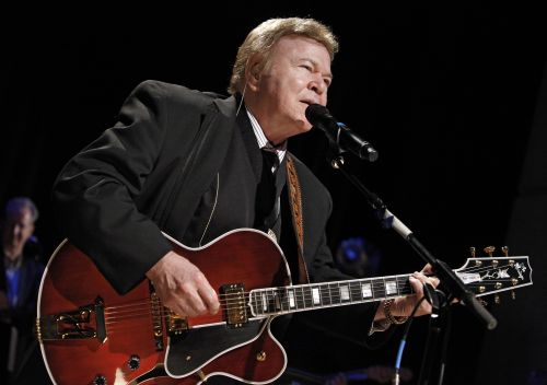Country singer, 'Hee Haw' star Roy Clark dead at 85