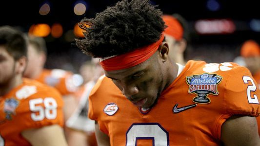Clemson QB Kelly Bryant leaves Georgia Southern game with apparent injury