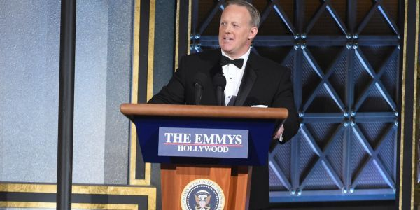 'If you're having champagne. make sure you have enough for everyone': Sean Spicer shares photo from inside a $100,000-per-ticket Trump fundraiser amid protests over 'zero-tolerance' policy