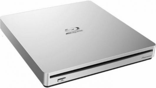 Watching Blu-ray movies on Mac is pretty sweet with one of these drives