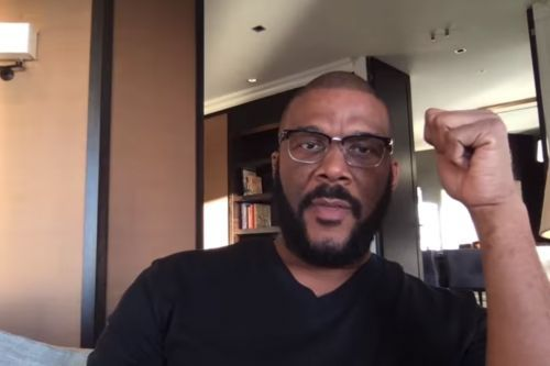 Tyler Perry warns followers: 'I am not giving away anything on Facebook'