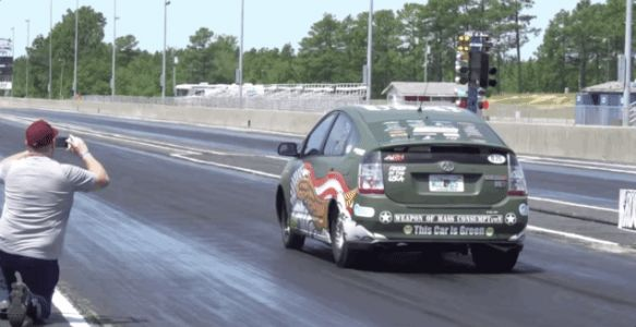 This Toyota Prius Has Been Vasty Improved With An 800-Horsepower Hellcat Engine