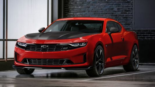 Chevy Dealers Are Offering $3,000 Off A Camaro If You Own A Mustang