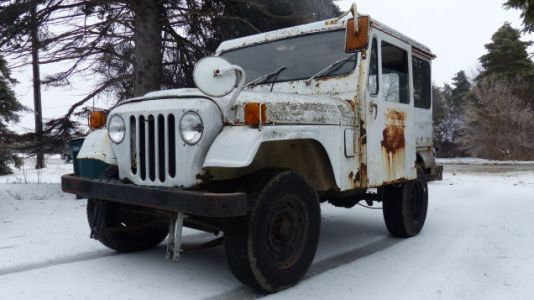 I Drove My $500 Postal Jeep Fewer Than Seven Miles but It Was Still Sketchy as Hell