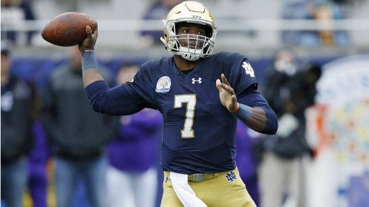 UCF names Notre Dame transfer Brandon Wimbush starting quarterback