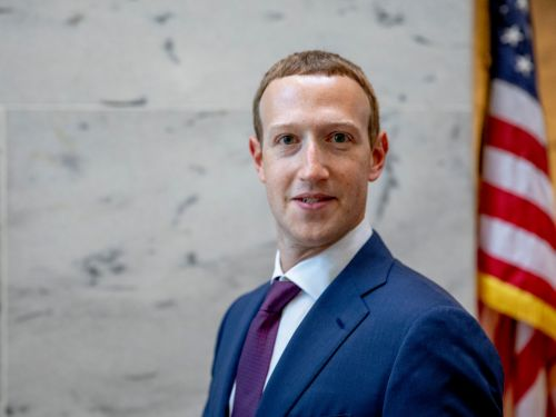 Mark Zuckerberg says TikTok is a threat to democracy, but didn't say he spent 6 months trying to buy its predecessor