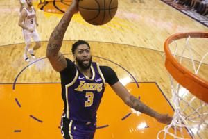 Davis, James lead Lakers to best 10-game start since 2010