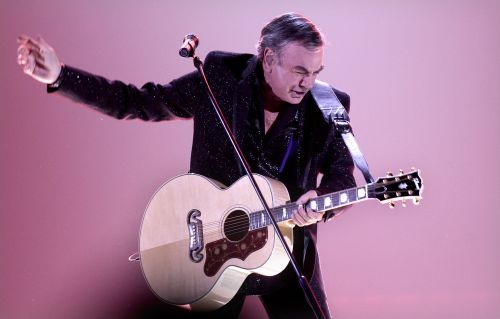 The music world reacts to Neil Diamond's Parkinson's diagnosis