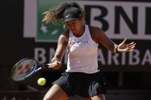 Federer and Osaka withdraw from Rome quarters with injuries