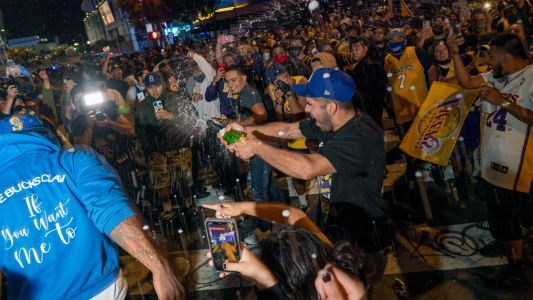 LA officials worried COVID-19 spike will continue after Lakers celebrations, potential Dodgers title