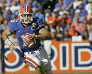 Another ring for Tebow: QB gets Florida's top football honor