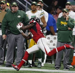 Banged up Packers fall short in deja vu loss to Falcons