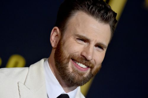 Chris Evans in talks to star in 'Little Shop of Horrors' with Scarlett Johansson