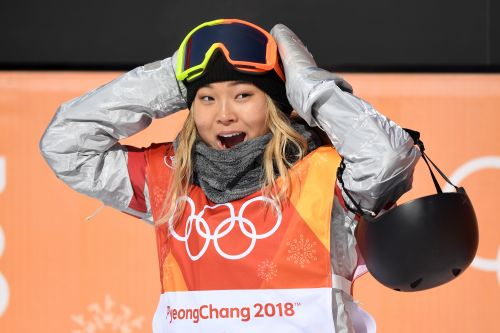 Chloe Kim's dad made the sweetest homemade sign for the Olympics