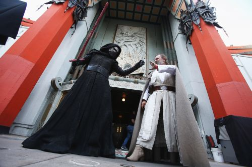 'Star Wars' fans welcome 'The Last Jedi' in style