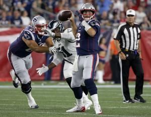 Brady, Patriots beat Eagles 37-20 in Super Bowl rematch