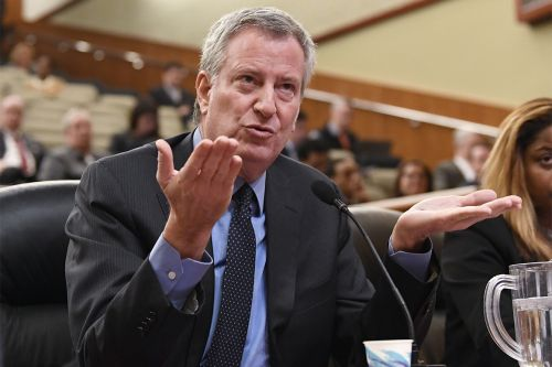 Amazon 'couldn't handle the heat,' NYC's de Blasio says