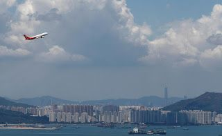 Hong Kong Airlines avoids losing license over cash crunch
