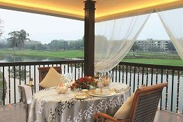 Intimate Dining Experience at Jaypee Hotels & Resorts