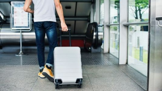 How to Survive the Airport During Holiday Travel Season