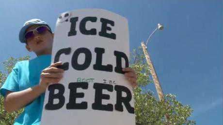 "Kid's ""Ice Cold Beer"" sign fools cops"