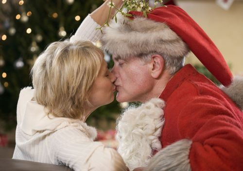 Here's how kissing under the mistletoe became a Christmas tradition