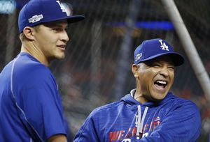 Dodgers sitting pretty at home, waiting for World Series foe