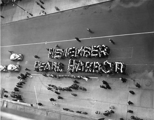 Pictures: Remembering Pearl Harbor
