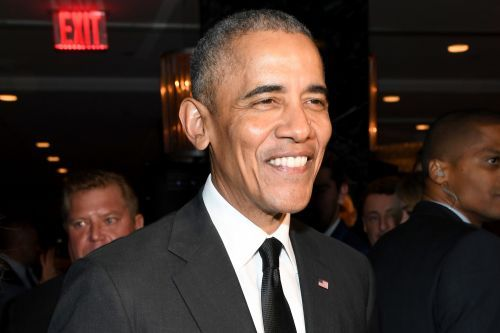 Barack Obama dines with John Legend, Chrissy Teigen, and Ayesha and Steph Curry