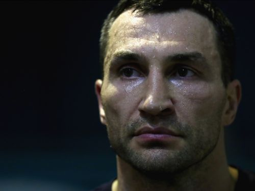 Wladimir Klitschko wants to return to boxing, but his chances of breaking the record as the oldest heavyweight champion are 'very slim'