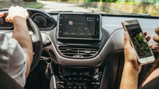 How to Set Up Bluetooth in an Older Car
