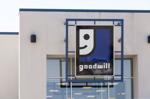 'I feel terrible': Mom unknowingly donates son's mug with $6,500 inside to Goodwill