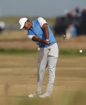 Johnson and Kisner, housemates and British Open leaders