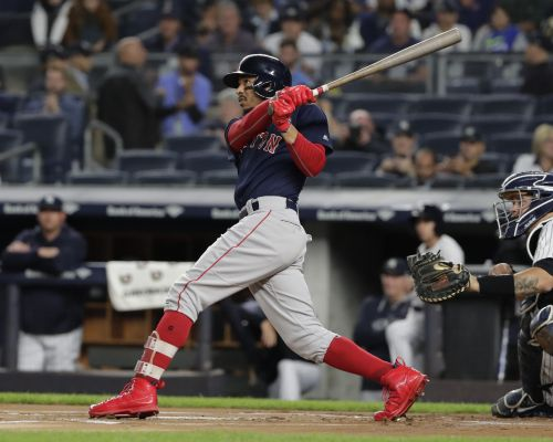 Red Sox clinch AL East with 11-6 win over Yankees