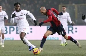 10-man AC Milan draws 0-0 at relegation-threatened Bologna