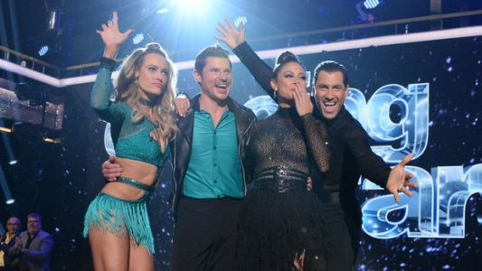 Vanessa Lachey Definitely Out-Danced Husband Nick In 'Dancing With The Stars' Premiere