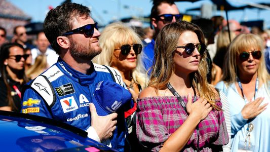 Dale Earnhardt Jr., wife Amy expecting first child