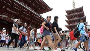 Number of South Koreans visiting Japan declined last month to its lowest point