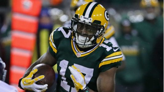 Davante Adams calls out Thomas Davis for 'head hunting'
