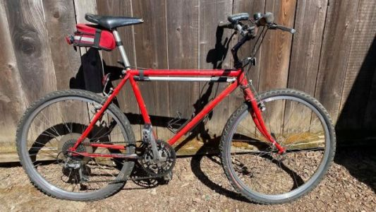 I Sold Two Horrible Old Schwinns To Buy A New Bike And By Complete Chance It's Another Horrible Old Schwinn