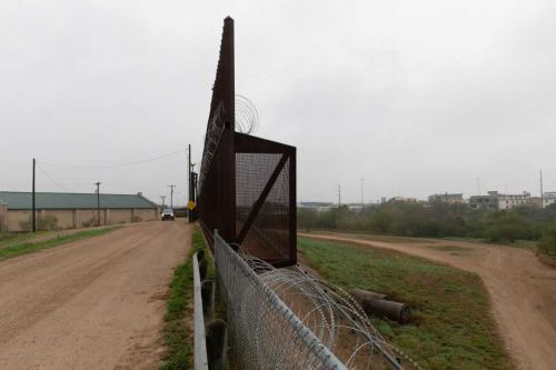 A woman, 2 babies and a toddler were found dead near the border. The FBI is investigating