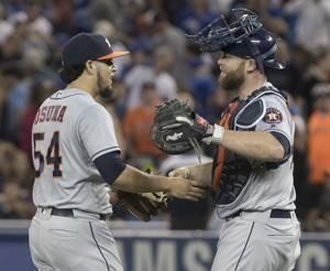 McCann, Reddick go back-to-back, Astros beat Blue Jays 5-3