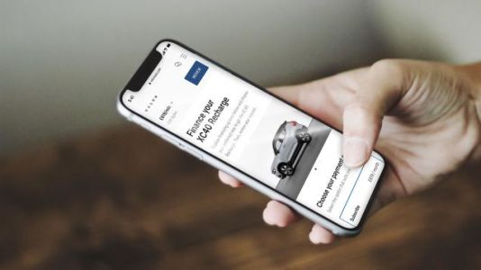 The 2022 Volvo C40 Recharge Is Available Only Online