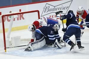 Stastny scores in 1st minute of OT, Jets beat Canadiens 2-1
