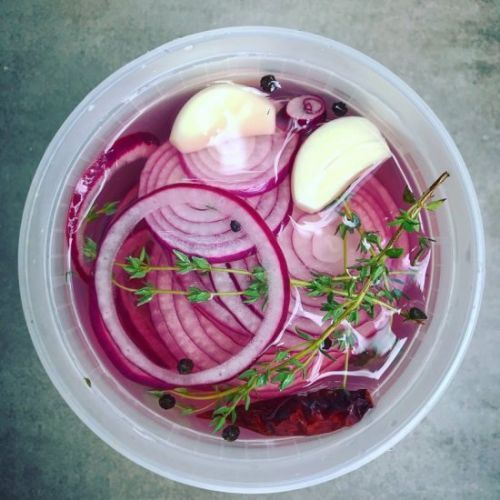 Simple Pickled Onions