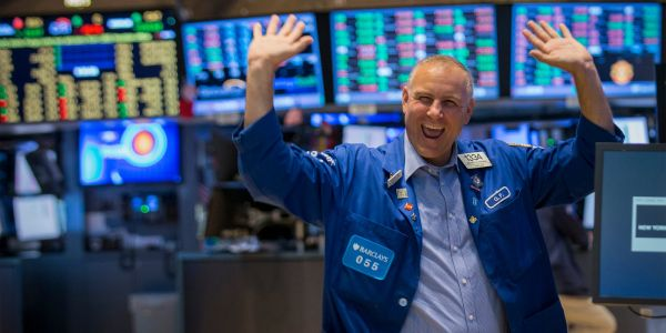 Wall Street agrees that earnings season will send stocks soaring - here are 5 trades to help you make the most of it