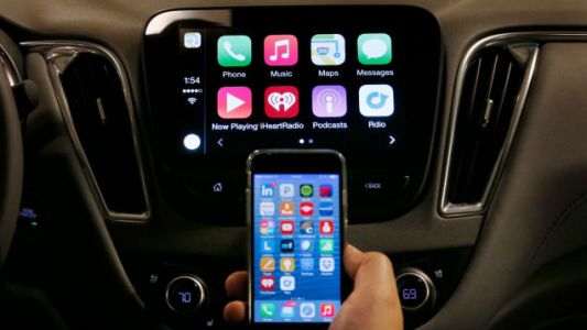 BMW Wants To Turn Apple CarPlay Into A Subscription Service