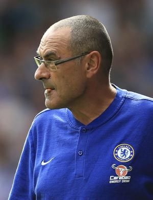 Sarri starts EPL life with Chelsea beating Huddersfield 3-0