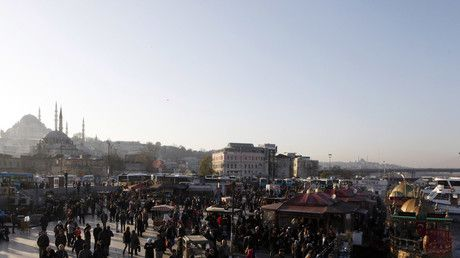 Shots fired in Istanbul tourist district, policeman injured in 'brawl for gun' - report